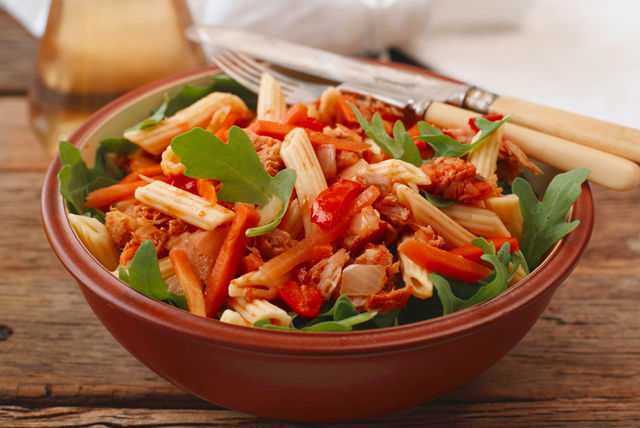 Penne Pasta Salad with Tuna and Peppers Recipe List - SaleWhale.ca