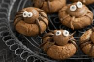Chocolate-Peanut Butter Spider Cookies