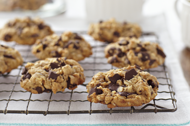 Peanut Butter-Oatmeal Chocolate Chunk Cookies Recipe List - SaleWhale ...