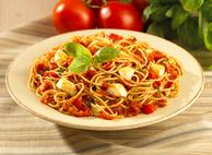 Spaghettini in Roasted Red Pepper and Bocconcini Sauce