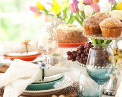 How to Plan a Mother's Day Brunch on a Budget