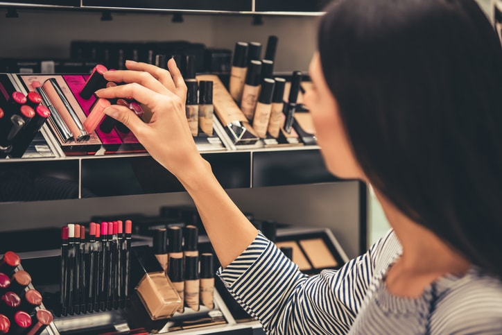 5 Simple Ways To Save Money on Beauty Products