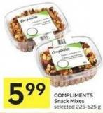 Compliments Snack Mixes Selected 225-525 g