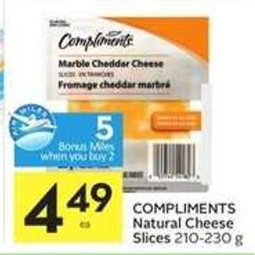 Compliments Natural Cheese Slices - 5 Air Miles Bonus Miles