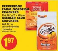 Pepperidge Farm Goldfish Crackers - 156-227 G/6 X 28 g or Keebler Club Crackers - 260-391 g