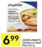 Compliments Chicken or Beef Pies 660 g