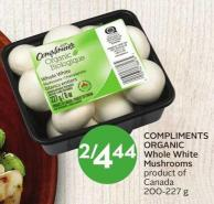 Compliments Organic Whole White Mushrooms