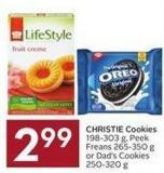 Christie Cookies 198-303 g - Peek Freans 265-350 g or Dad's Cookies 250-320 g