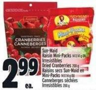 Sun-maid Raisin Mini-packs 14 X 14 g Or Irresistibles Dried Cranberries 200 g