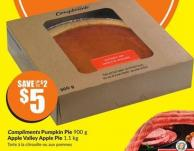 Compliments Pumpkin Pie 900 g Apple Valley Apple Pie 1.1 Kg