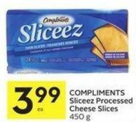 Compliments Sliceez Processed Cheese Slices 450 g