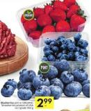 Blueberries Pint or Organic Strawberries Product of USA No 1 Grade 454 g