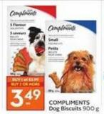 Compliments Dog Biscuits 900 g