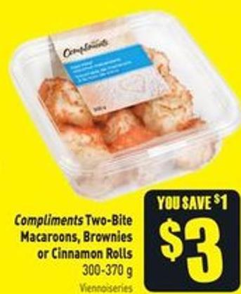 Compliments Two-bite Macaroons - Brownies or Cinnamon Rolls 300-370 g