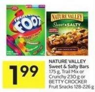 Nature Valley Sweet & Salty Bars 175 g - Trail Mix or Crunchy 230 g or Betty Crocker Fruit Snacks 128-226 g