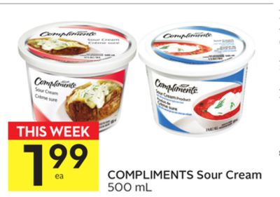 Compliments Sour Cream