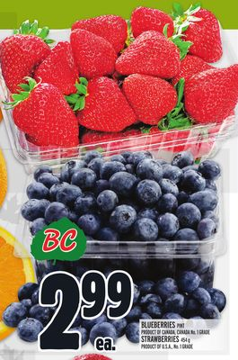 Blueberries Pint Product Of Canada - Canada No. 1 Grade Strawberries 454 g Product Of U.S.A. - No. 1 Grade