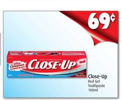 Close-up Red Gel Toothpaste