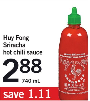 Huy Fong Sriracha Hot Chili Sauce - 740 mL